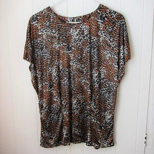 Feather/tiger polka dot printed light blouse